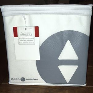 SLEEP NUMBER TOTAL PROTECTION MATTRESS PAD NWOT
